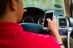 Distracted Driving: Dangers of Technology (Interactive Online Seat) English