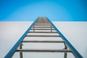 Ladder Safety in Construction Environments Streaming Video on Demand English/Spanish