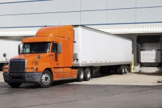 Best Practices for CMV Drivers: Right-of-Way and Intersections